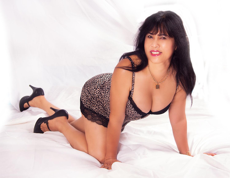 Chinese girl big boobs