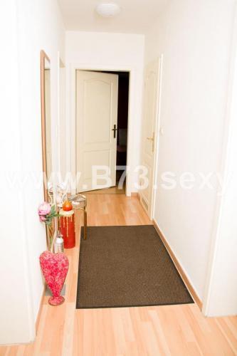 immelmannstrasse3-sexygirls1