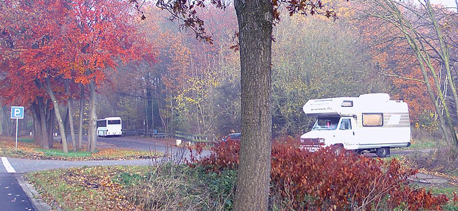 Love-Mobil Parkplatz B73 vor Himmelpforten aus Stade kommend LoveMobil vor Himmelpforten