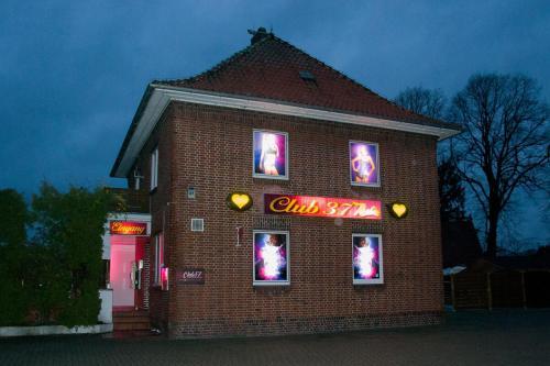 Club 37 21640 Bliedersdorf/Horneburg Postmoor 37